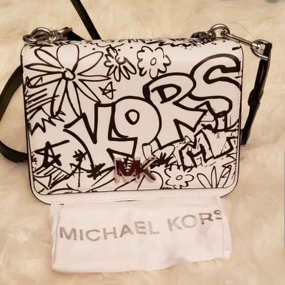 af486af771c2 Michael Kors Bags | Nwt Mott Graffiti Shoulder Bag | Poshmark